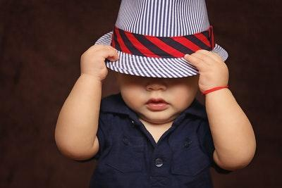 Baby-Erstausstattung Kleidung, Möbel & mehr