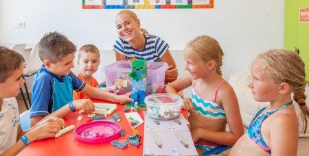 Kinderbetreuung im Familienhotel