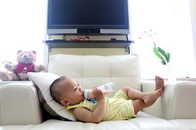welchen tee f r babys erk ltung verstopfung durchfall. Black Bedroom Furniture Sets. Home Design Ideas