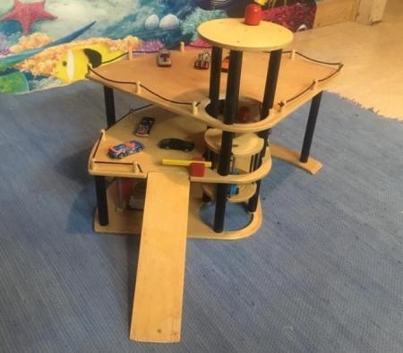 Holz Parkhaus Spielzeug