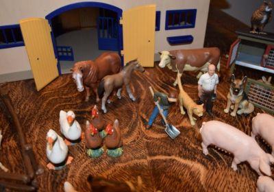 Schleich Bauernhof Spielzeug