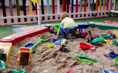 Spielzeug Bagger Sandkasten