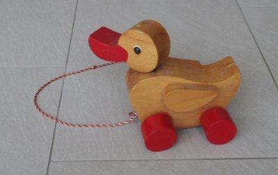 Holz Nachziehspielzeug Ente