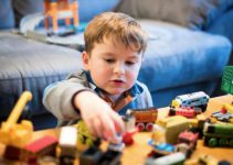 Kinder Zuhause beschäftigen