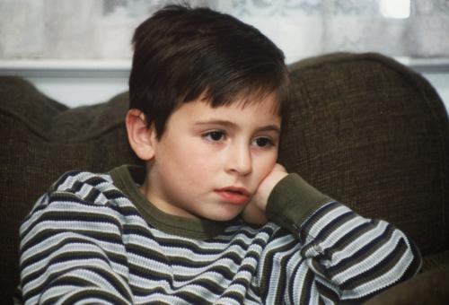 Kinder fernseh schauen