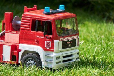 Feuerwehr Spielzeug Vergleich (1)