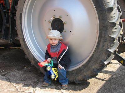 Traktor Spielzeug fuer Kinder Testbericht (1)